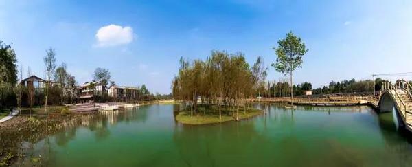 正是春暖花开时,来温江这几个地方告别那一板一眼的生活吧!