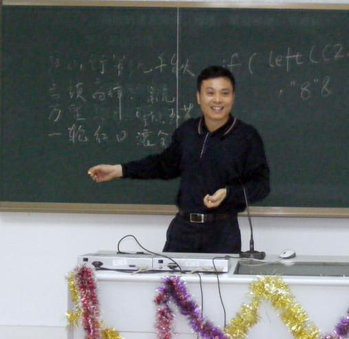 黄华君:成都孵化服务领先广东
