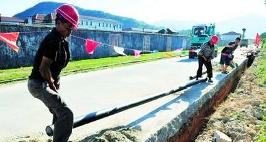 自来水管网发电装置
