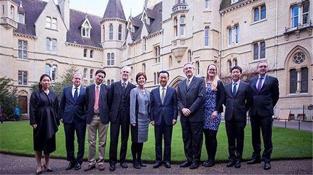 王健林牛津演讲:万达考虑在英国建总部