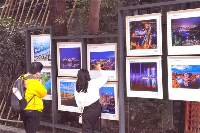 """""""东进画卷 魅力金堂""""摄影展惊艳亮相成都宽窄巷子"""